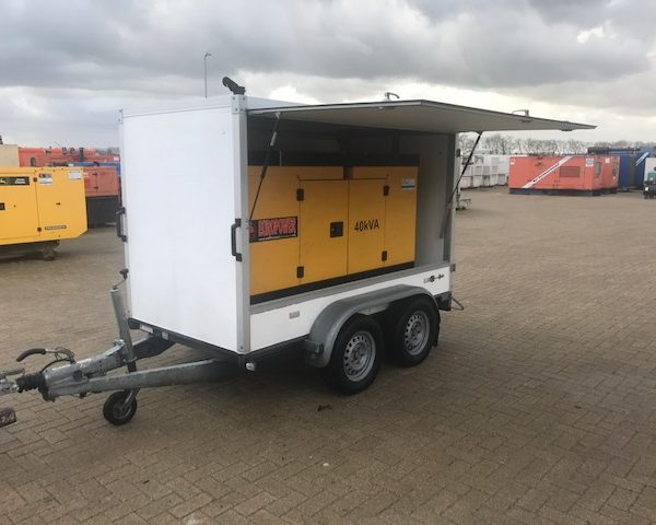 Kubota 40 kVA Supersilent in dichte Hapert aanhangwagen (12)